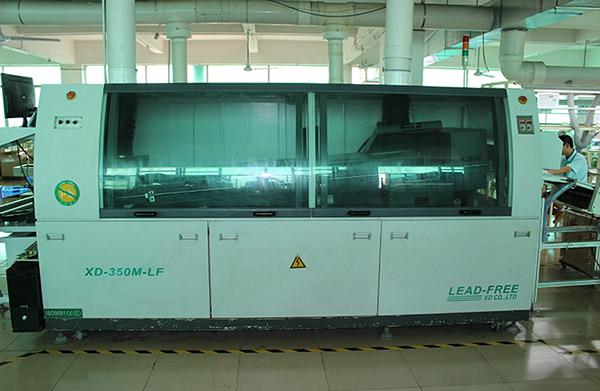 Wave soldering equipment